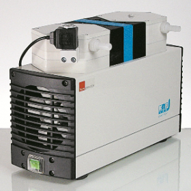 KNF N820.3FT.18 - Pompe à vide à membrane